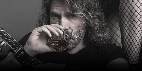Titelbild Boerney mit Gitarre und Whiskeyglas